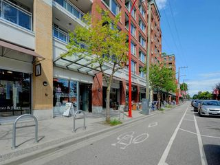 "Photo 21: 401 221 UNION Street in Vancouver: Strathcona Condo for sale in ""V6A"" (Vancouver East)  : MLS®# R2466543"