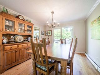 Photo 11: 5077 ERIN WAY in Tsawwassen: Pebble Hill House for sale : MLS®# R2472914