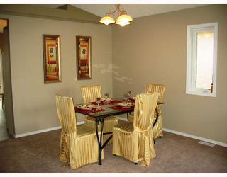 Photo 4: 142 EVERDEN Road in WINNIPEG: St Vital Residential for sale (South East Winnipeg)  : MLS®# 2810953
