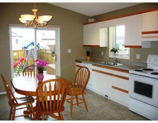 Photo 3: 142 EVERDEN Road in WINNIPEG: St Vital Residential for sale (South East Winnipeg)  : MLS®# 2810953