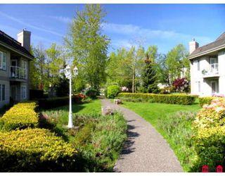 "Photo 3: 305 12155 75A Avenue in Surrey: West Newton Condo for sale in ""STRAWBERRY HILLS ESTATES"" : MLS®# F2823512"