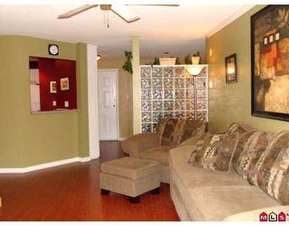 "Photo 6: 305 12155 75A Avenue in Surrey: West Newton Condo for sale in ""STRAWBERRY HILLS ESTATES"" : MLS®# F2823512"