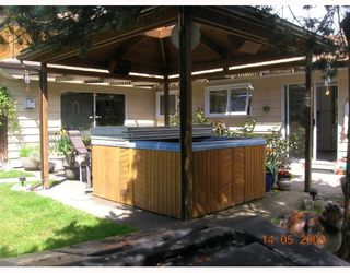 """Photo 10: 1367 COTTONWOOD in North_Vancouver: Norgate House for sale in """"NORGATE"""" (North Vancouver)  : MLS®# V766908"""