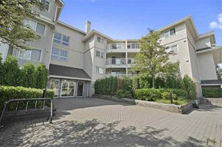"Photo 15: 305 19366 65 Avenue in Surrey: Clayton Condo for sale in ""Liberty"" (Cloverdale)  : MLS®# R2397315"