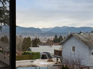 Photo 1: 9968 121A Street in Surrey: Cedar Hills House for sale (North Surrey)  : MLS®# R2398225