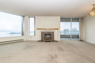 """Photo 4: 1404 1065 QUAYSIDE Drive in New Westminster: Quay Condo for sale in """"Quayside Tower 2"""" : MLS®# R2435986"""