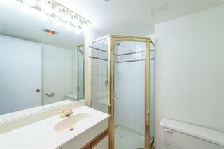 """Photo 11: 1404 1065 QUAYSIDE Drive in New Westminster: Quay Condo for sale in """"Quayside Tower 2"""" : MLS®# R2435986"""