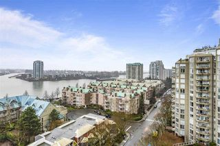 """Photo 15: 1404 1065 QUAYSIDE Drive in New Westminster: Quay Condo for sale in """"Quayside Tower 2"""" : MLS®# R2435986"""