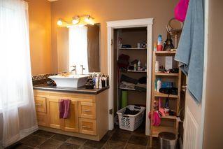 Photo 9: 11404 91 Street in Edmonton: Zone 05 House for sale : MLS®# E4199543