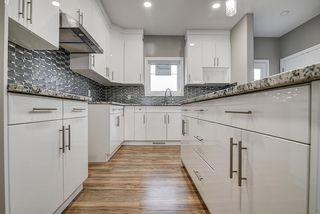 Photo 10: 10359 149 Street in Edmonton: Zone 21 House Half Duplex for sale : MLS®# E4200016