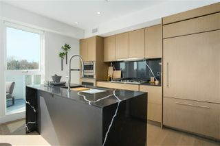 """Photo 2: 606 5089 QUEBEC Street in Vancouver: Main Condo for sale in """"SHIFT LITTLE MOUNTAIN BY ARAGON"""" (Vancouver East)  : MLS®# R2475021"""