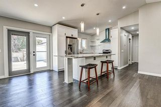 Photo 2: 9324 ALBANY Place SE in Calgary: Acadia Detached for sale : MLS®# A1018286