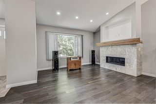 Photo 5: 9324 ALBANY Place SE in Calgary: Acadia Detached for sale : MLS®# A1018286
