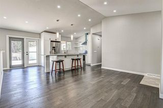 Photo 7: 9324 ALBANY Place SE in Calgary: Acadia Detached for sale : MLS®# A1018286