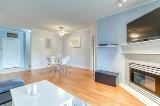 """Photo 5: 202 20897 57 Avenue in Langley: Langley City Condo for sale in """"Arbour Lane"""" : MLS®# R2490490"""