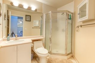"""Photo 14: 202 20897 57 Avenue in Langley: Langley City Condo for sale in """"Arbour Lane"""" : MLS®# R2490490"""