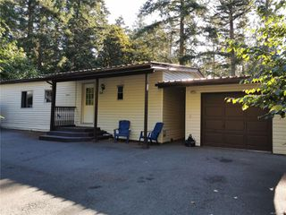Photo 1: 5008 Glinz Lake Rd in : Sk 17 Mile House for sale (Sooke)  : MLS®# 854811