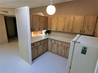 Photo 5: 5008 Glinz Lake Rd in : Sk 17 Mile Single Family Detached for sale (Sooke)  : MLS®# 854811