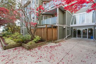 "Photo 22: 208 518 THIRTEENTH Street in New Westminster: Uptown NW Condo for sale in ""Coventry Court"" : MLS®# R2514790"