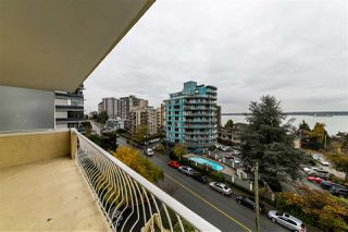 "Photo 18: 504 2187 BELLEVUE Avenue in West Vancouver: Dundarave Condo for sale in ""SUFFSIDE TOWERS"" : MLS®# R2518277"