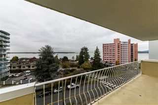 "Photo 2: 504 2187 BELLEVUE Avenue in West Vancouver: Dundarave Condo for sale in ""SUFFSIDE TOWERS"" : MLS®# R2518277"