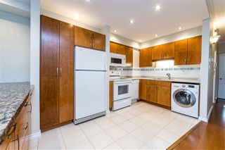 "Photo 10: 504 2187 BELLEVUE Avenue in West Vancouver: Dundarave Condo for sale in ""SUFFSIDE TOWERS"" : MLS®# R2518277"