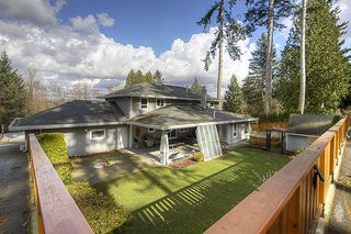 Photo 3: 15736 MOUNTAIN VIEW Drive in Surrey: Grandview Surrey House for sale (South Surrey White Rock)  : MLS®# F1107102