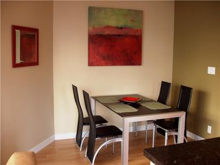 "Photo 3: 1202 1050 SMITHE Street in Vancouver: West End VW Condo for sale in ""THE STERLING"" (Vancouver West)  : MLS®# V878925"