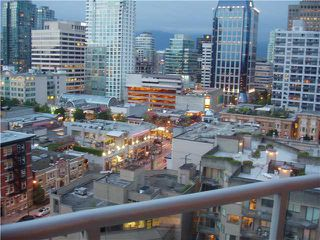 "Photo 9: 1202 1050 SMITHE Street in Vancouver: West End VW Condo for sale in ""THE STERLING"" (Vancouver West)  : MLS®# V878925"