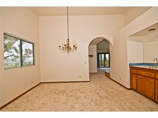 Photo 4: NORTH ESCONDIDO House for sale : 4 bedrooms : 1455 Rimrock in Escondido