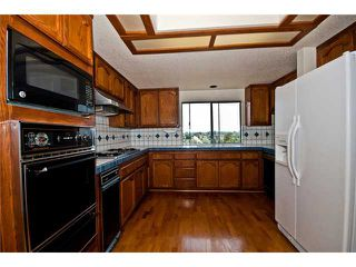 Photo 9: NORTH ESCONDIDO House for sale : 4 bedrooms : 1455 Rimrock in Escondido