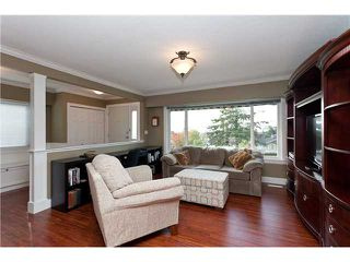 Photo 2: 345 MUNDY Street in Coquitlam: Coquitlam East House for sale : MLS®# V918940