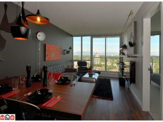 "Photo 5: 2803 9981 WHALLEY Boulevard in Surrey: Whalley Condo for sale in ""Park Place"" (North Surrey)  : MLS®# F1127945"