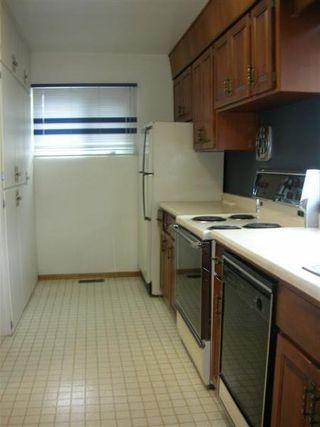 Photo 5: : House for sale (Lynnwood)