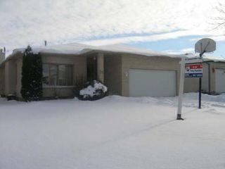 Photo 1: 88 Oakhurst Cres.: Residential for sale (Seven Oaks Crossings)  : MLS®# 2717715