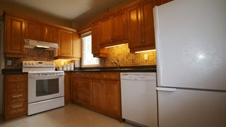 Photo 9: 90 Linden Avenue in Winnipeg: East Kildonan Residential for sale (North East Winnipeg)