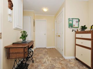 Photo 12: 1 1010 Ellery St in VICTORIA: Es Rockheights Row/Townhouse for sale (Esquimalt)  : MLS®# 669654