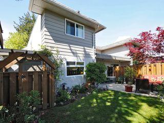 Photo 3: 1 1010 Ellery Street in VICTORIA: Es Rockheights Townhouse for sale (Esquimalt)  : MLS®# 336607