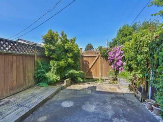 "Photo 13: 10 4957 57TH Street in Ladner: Hawthorne Townhouse for sale in ""THE OASIS"" : MLS®# V1065922"