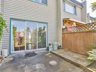 "Photo 12: 10 4957 57TH Street in Ladner: Hawthorne Townhouse for sale in ""THE OASIS"" : MLS®# V1065922"