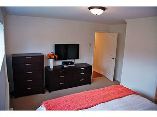 "Photo 12: 657 ST ANDREWS Avenue in North Vancouver: Lower Lonsdale Townhouse for sale in ""CHARLTON COURT"" : MLS®# V1066090"