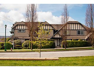 """Photo 2: 657 ST ANDREWS Avenue in North Vancouver: Lower Lonsdale Townhouse for sale in """"CHARLTON COURT"""" : MLS®# V1066090"""