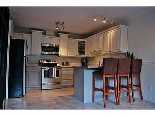 "Photo 9: 657 ST ANDREWS Avenue in North Vancouver: Lower Lonsdale Townhouse for sale in ""CHARLTON COURT"" : MLS®# V1066090"
