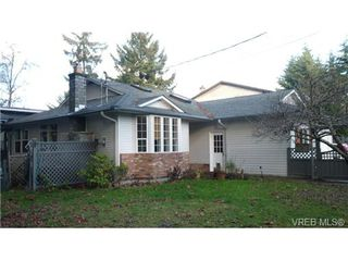 Photo 1: 7058 West Coast Rd in SOOKE: Sk Whiffin Spit Single Family Detached for sale (Sooke)  : MLS®# 683717
