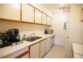 "Photo 2: 407 65 FIRST Street in New Westminster: Downtown NW Condo for sale in ""KINNAIRD PLACE"" : MLS®# V1114437"