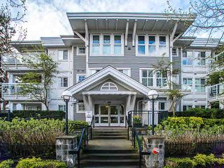 """Photo 1: 308 3038 E KENT AVE SOUTH Avenue in Vancouver: Fraserview VE Condo for sale in """"SOUTHHAMPTON"""" (Vancouver East)  : MLS®# V1116708"""