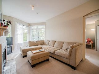 """Photo 5: 308 3038 E KENT AVE SOUTH Avenue in Vancouver: Fraserview VE Condo for sale in """"SOUTHHAMPTON"""" (Vancouver East)  : MLS®# V1116708"""