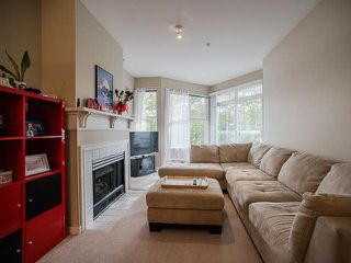 """Photo 4: 308 3038 E KENT AVE SOUTH Avenue in Vancouver: Fraserview VE Condo for sale in """"SOUTHHAMPTON"""" (Vancouver East)  : MLS®# V1116708"""