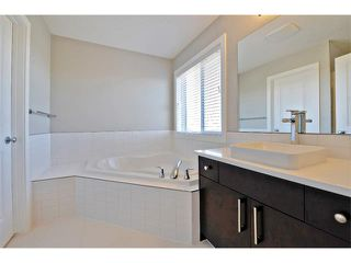 Photo 19: 140 FIRESIDE Place: Cochrane House for sale : MLS®# C4013130