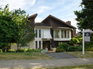 Main Photo: 321 W 14TH Street in North Vancouver: Central Lonsdale House for sale : MLS®# V1128973